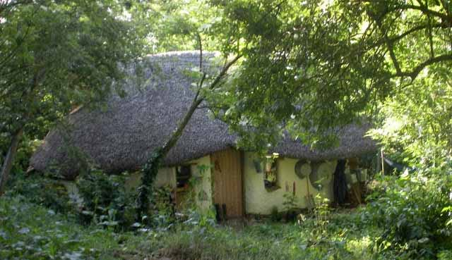 michael-buck-cob-house-6