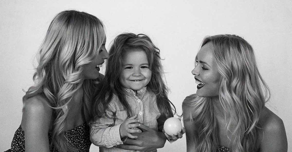Aunts Are Really Special And Important, Here Are 9 Reasons