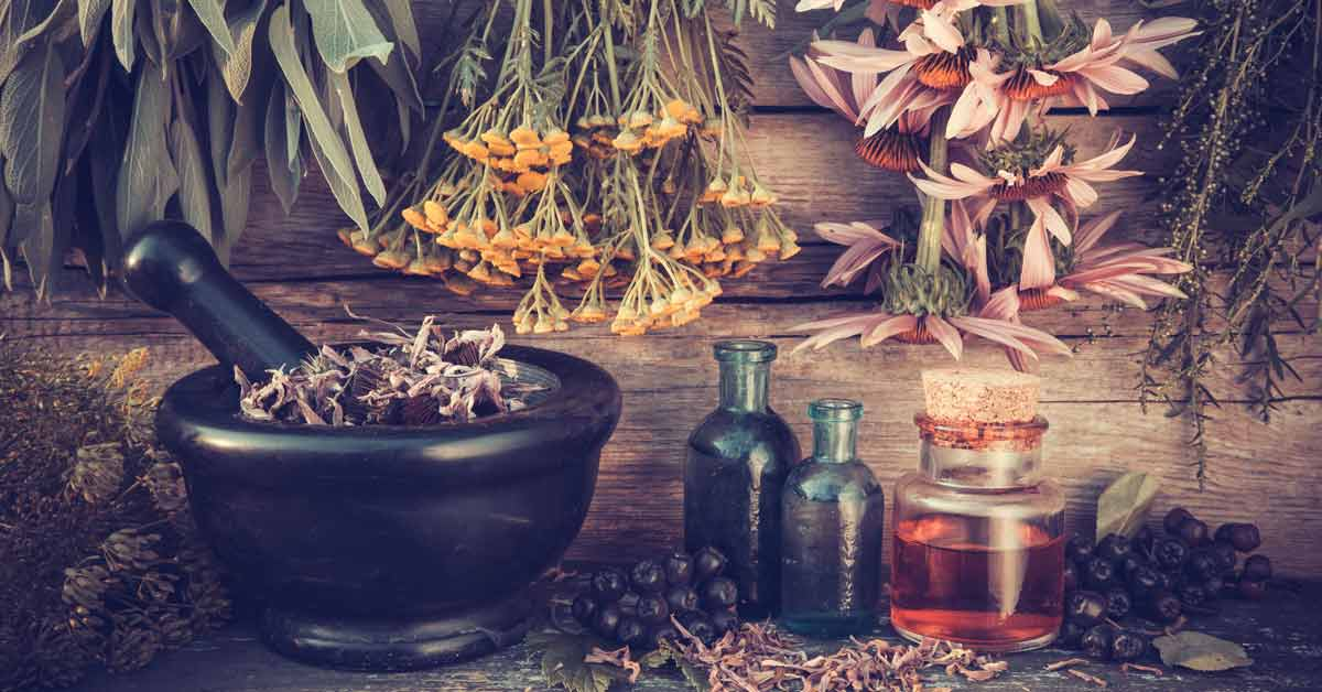 12 Essential Oils That Beat Chronic Pain, Anxiety And Depression