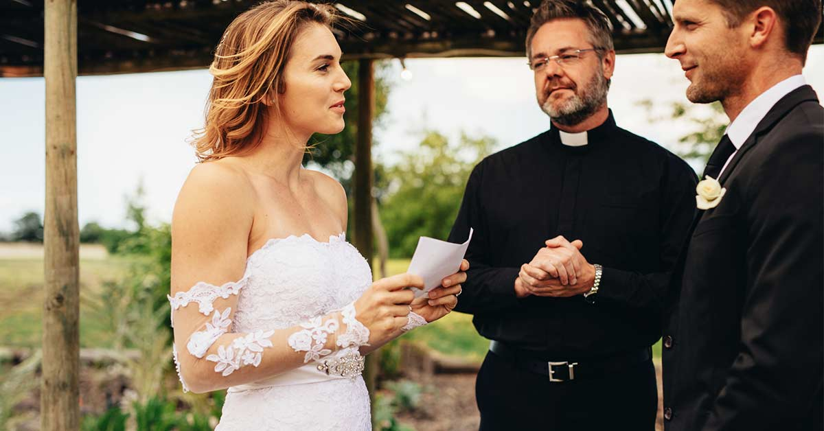 This Bride Reads Out Her Future Husband's Cheating Texts At Their